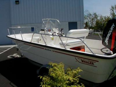 Boston Whaler - 2002_montauk170.jpg