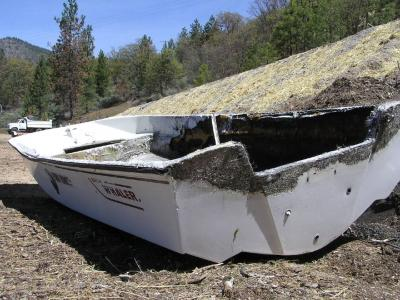 Boston Whaler - Burnt 17' Whaler - 1