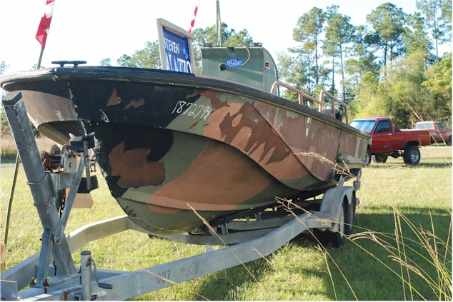 Whaler Central Boston Whaler Boat Information And Photos