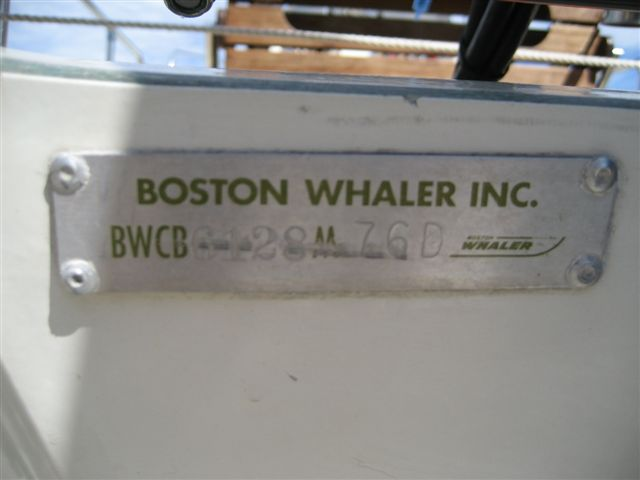 Boston Whaler | Reliable, Upscale Luxury Boats